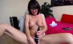 Big tits MILF camgirl masturbating and squirting on webcam