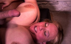 BBW is filmed while sucking and giving tittyfuck