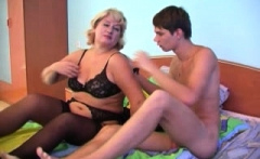 Young amateur web cam couple having oral and hardcore sex