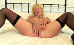 English milf Amy is pleasuring her fine fanny