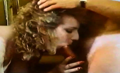 Hairy woman take cumsjot on pussy