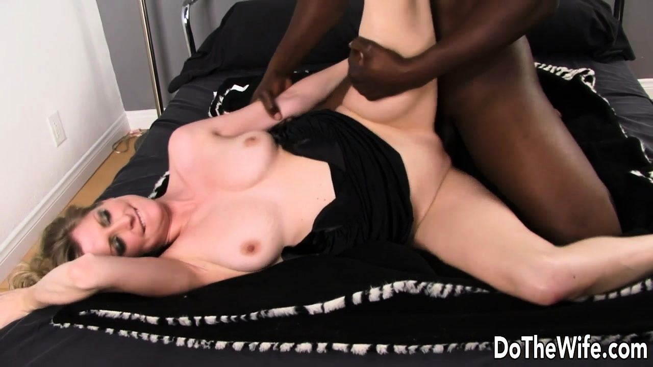 BBC Drills Wife Lya Pink as Cuck Watches