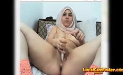 hijab girl faps on webcam