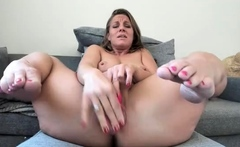 MILF toying her pussy and squirting repeatedly