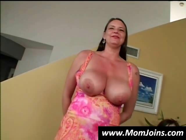 Big Natural Tits Mom Pov