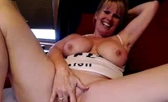 BBW with big boobs on webcam 3 gives ca