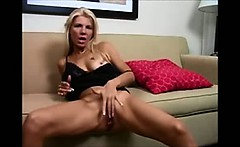 Fingers Herself to a Crazy Orgasm